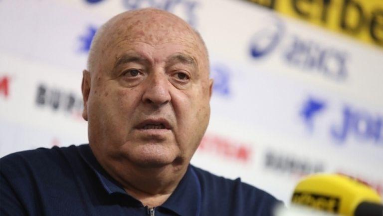 Футболист на Славия е със съмнения за COVID-19, изолиран е