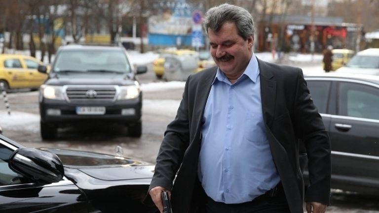 Батков: Майкъл Чорни искаше да дам акциите на Левски на полицая пред МВР
