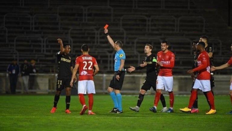Тежък удар за играч на Монако - удължиха наказанието му до края на ноември