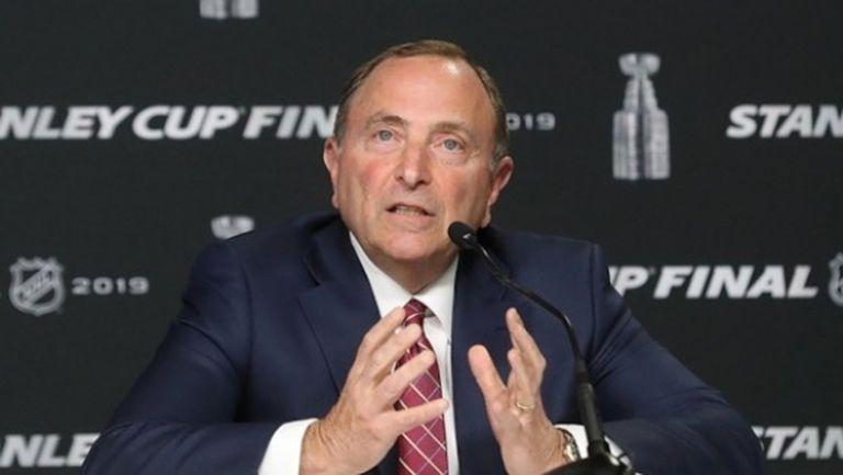 НХЛ разиграва различни варианти за довършване на сезона, може да има промени в плейофите