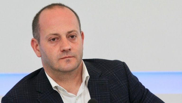 Евродепутат също помогнал на Левски