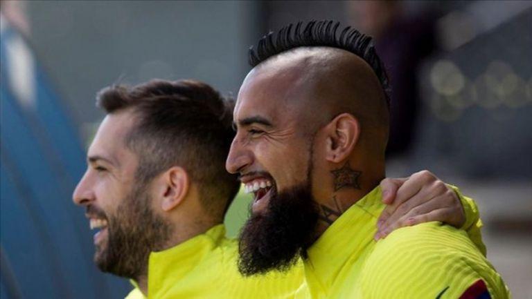 Артуро Видал: Много съм щастлив в Барселона