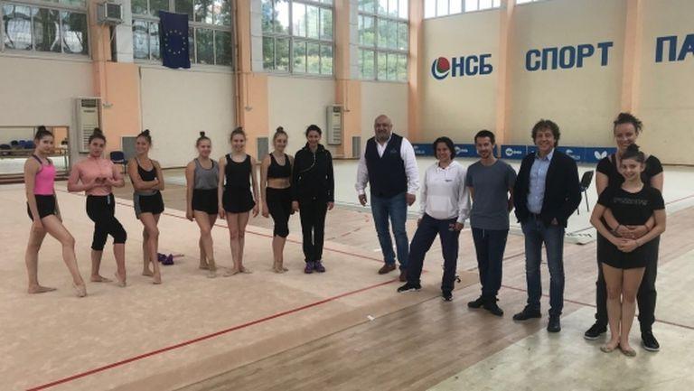 """Министър Кралев посети спортистите, които се подготвят в НСБ """"Спортпалас"""""""