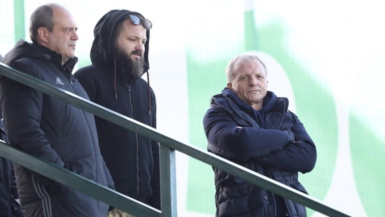 """Гриша Ганчев дойде да гледа """"червените"""" (видео)"""