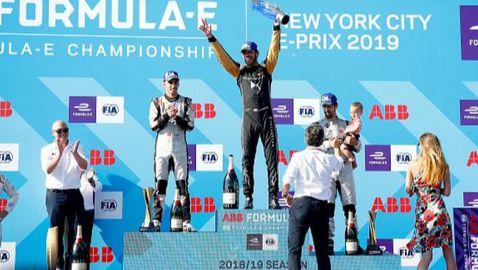 Жан-Ерик Верн отново шампион във Формула Е