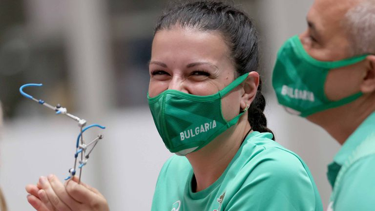 Щастливата Костадинова: Първото, което ще направя в България, когато се прибера, ще бъде да си нагушкам децата