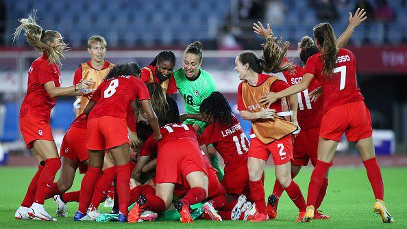 Женският футболен отбор на Канада изхвърли Бразилия от Олимпиадата