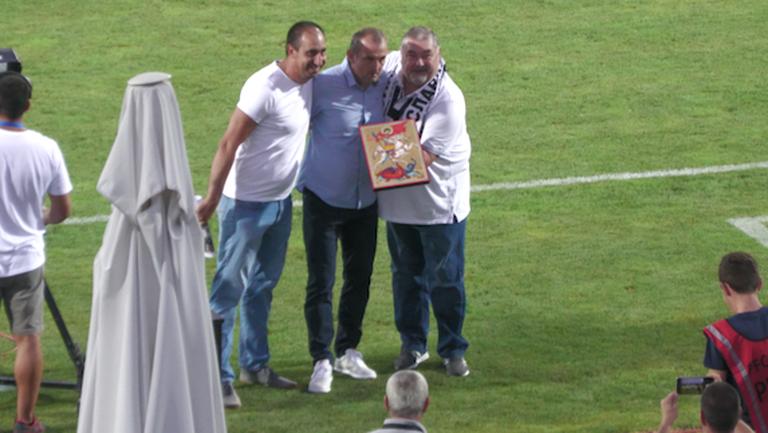Наградиха Загорчич преди мача с Царско село