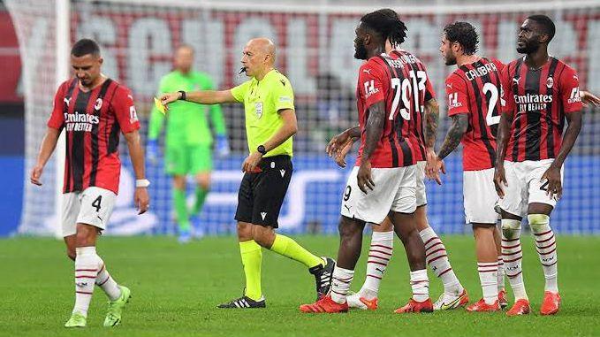 Милан подготвя жалба до УЕФА срещу съдийството на Чакър
