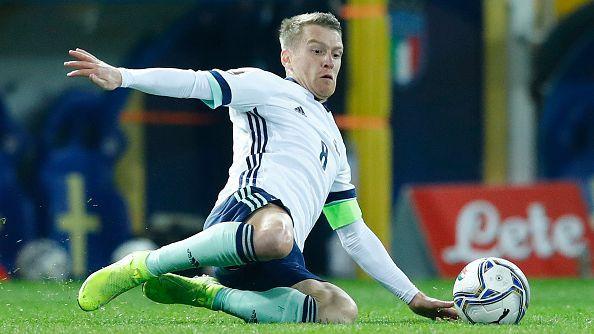 Капитанът на Северна Ирландия ще постави британски рекорд в мача с България