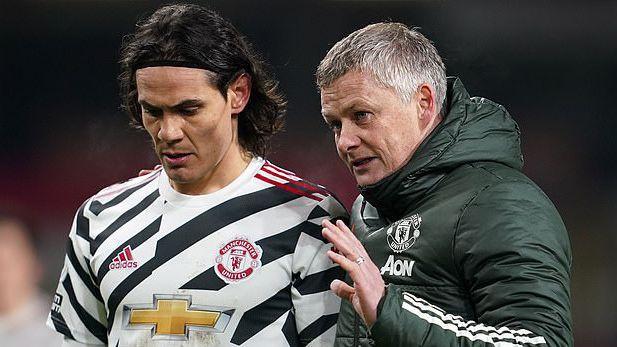 Уудуърд и новият директор на Ман Юнайтед на специална среща с Кавани