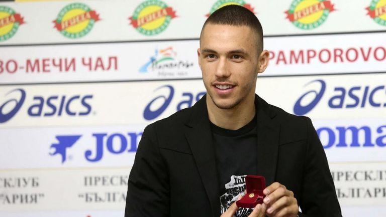 Звездата на Левски Станислав Иванов е футболист №1 на месец септември