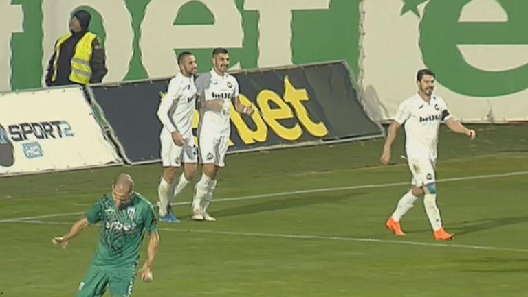 """Йомов откри с куриозен гол за """"белите"""" резултата срещу Витоша в Бистрица"""