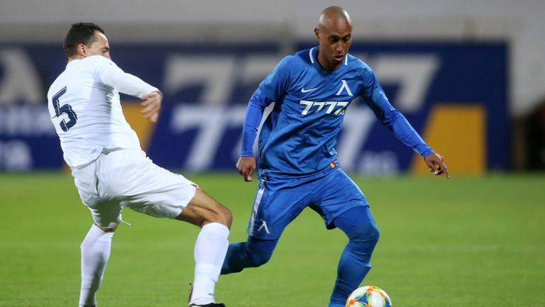 """Левски пропусна да разгроми Дунав, нередовен автогол и четири греди в полза на """"сините"""""""
