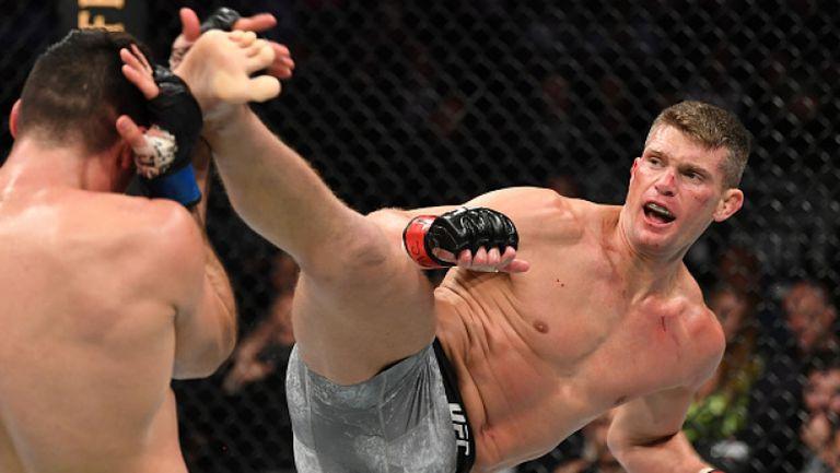 Стивън Томпсън изнесе страйкинг лекция на бразилец на UFC 244