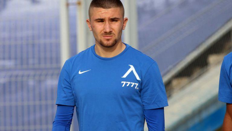 Мартин Петков: Попиваме от опита на по-старите футболисти