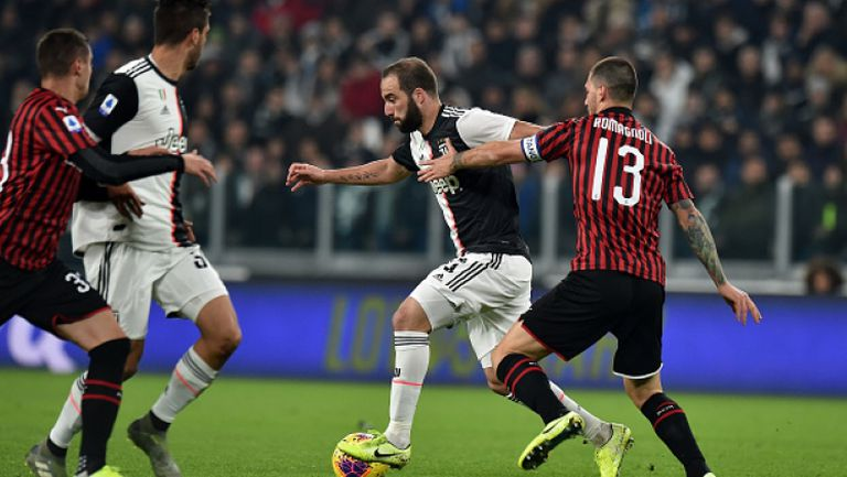 Дибала смени Роналдо и Юве победи Милан