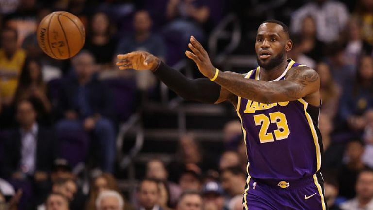Лейкърс се върна на победния път в НБА