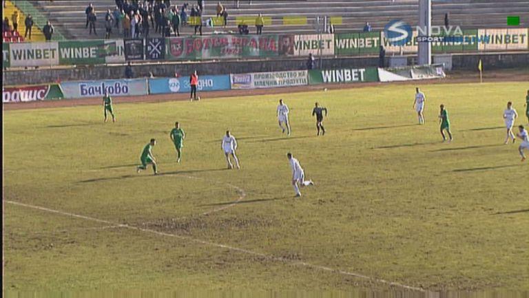 Емил Стоев направи резултата 2:0 за Славия срещу Ботев (Враца)