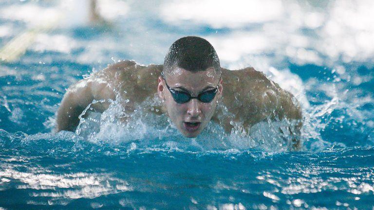 Йосиф Миладинов спечели злато на 50 м. бътерфлай в последния ден на турнира в Бургас