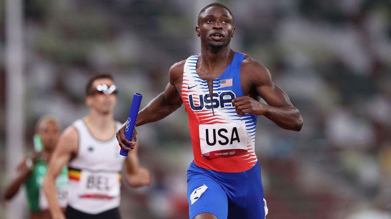 Върнаха смесената щафета на САЩ във финала на 4 по 400 метра след първоначалната дисквалификация