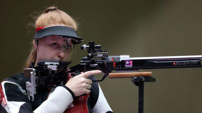 Швейцарка спечели златото на пушка от три положения с нов олимпийски рекорд